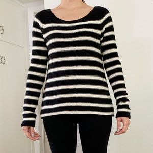 Old Navy knit striped sweater Small